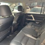 Rent a Toyota Land Cruiser 200 with a driver or without a driver in Kiev